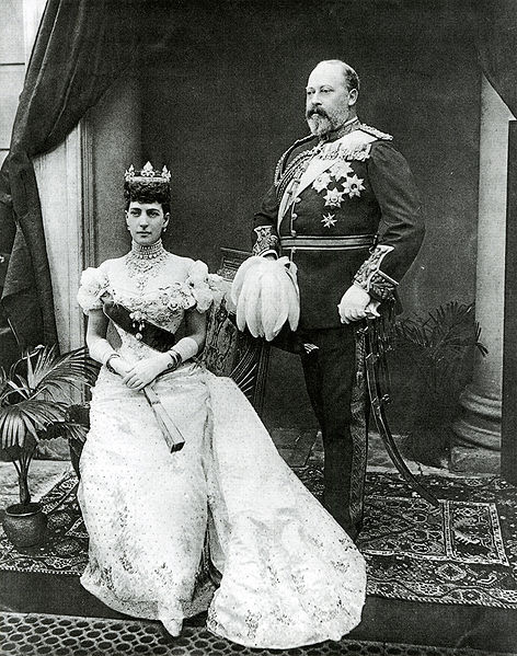472px-Edward_VII_and_Alexandra_after_Gunn_&_Stuart
