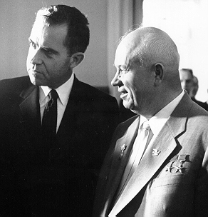 Nixon_and_khrushchev
